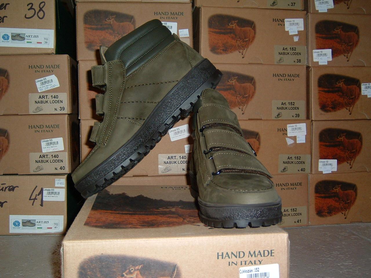 332763f737 152 Mephisto magasszárú cipő, tépőzáras
